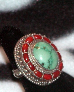 Vintage Royal Nepalese Gemstone Turquoise Coral Sterling Silver Ring